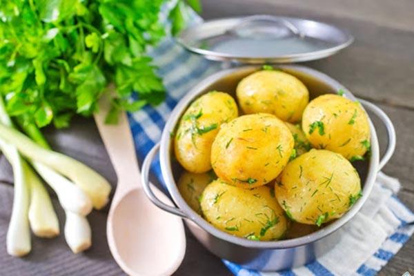 Солонин в картофеле
